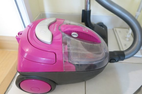 タイで買った家電・掃除機