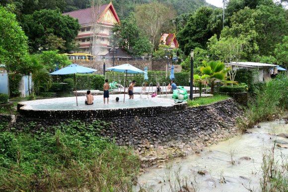 ラックサワーリン温泉(Rakswarin Hot Spring)