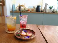 ドライフラワーのお花とカフェ「FLOWER IN HAND BY P.」@soi Ari 2