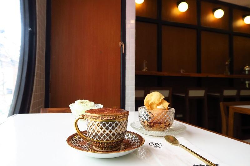 アーリーのアイス屋さん『One Dee Cafe』はベンジャロン焼きカップでコーヒーが飲めるよ@アーリー
