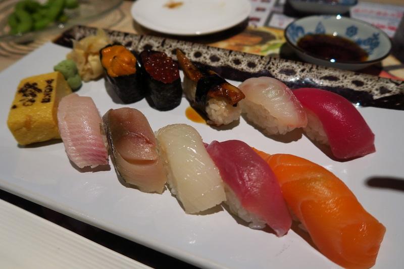 お寿司食べ放題あり「北海道寿司居酒屋えぞや」飲み会にも家族連れにもおすすめ@sukhumvit soi30