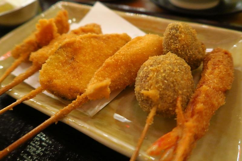 串揚げ18B~「恵比寿商店(EBISU SHOUTEN)」はランチ定食もあり@Soi Sukhumvit 26