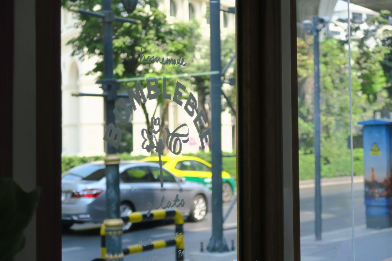 【Bumblebee Gelato】スクンビット通りのこじんまりとしたジェラート屋さんへ
