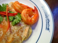 【THIPSAMAI】行列ができるタイで最も古い人気のパッタイレストラン@Maha chai RD.