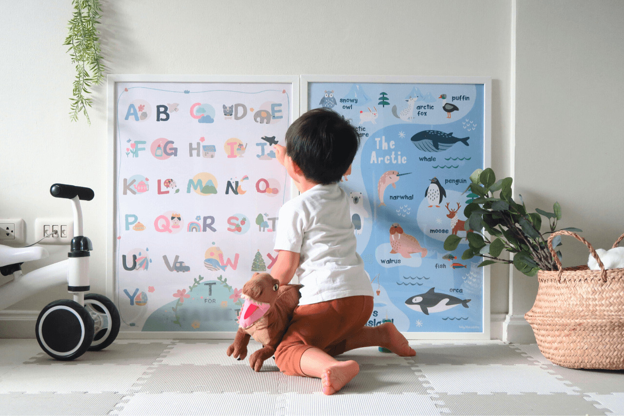 【baby blue whales】名前入りのかわいい学習メディアポスター in Thailand(PR)